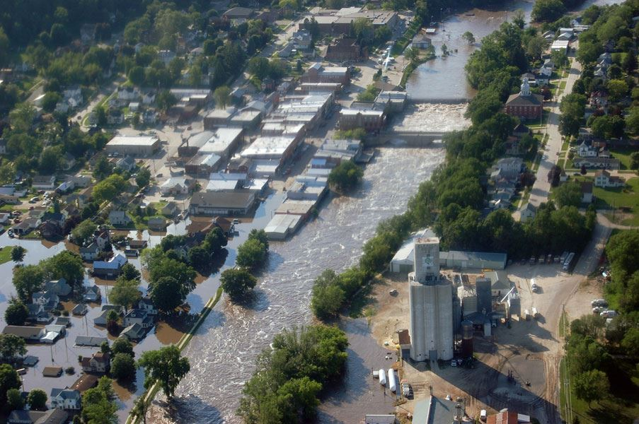 2008 Flood - Downtown Elkader Aerial